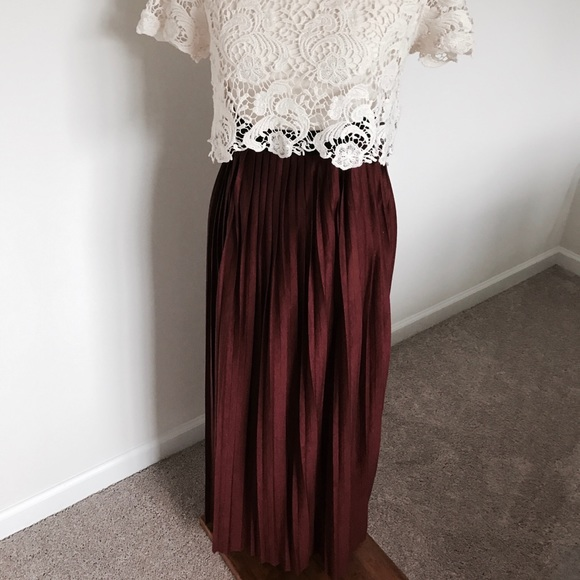 0b9400a3502 Forever 21 Dresses   Skirts - Boho-chic🍁 Rust colored maxi skirt